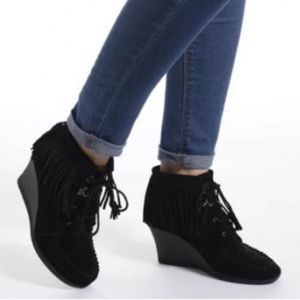 Minnetonka Fringe Wedges Booties Suede Lace Boots